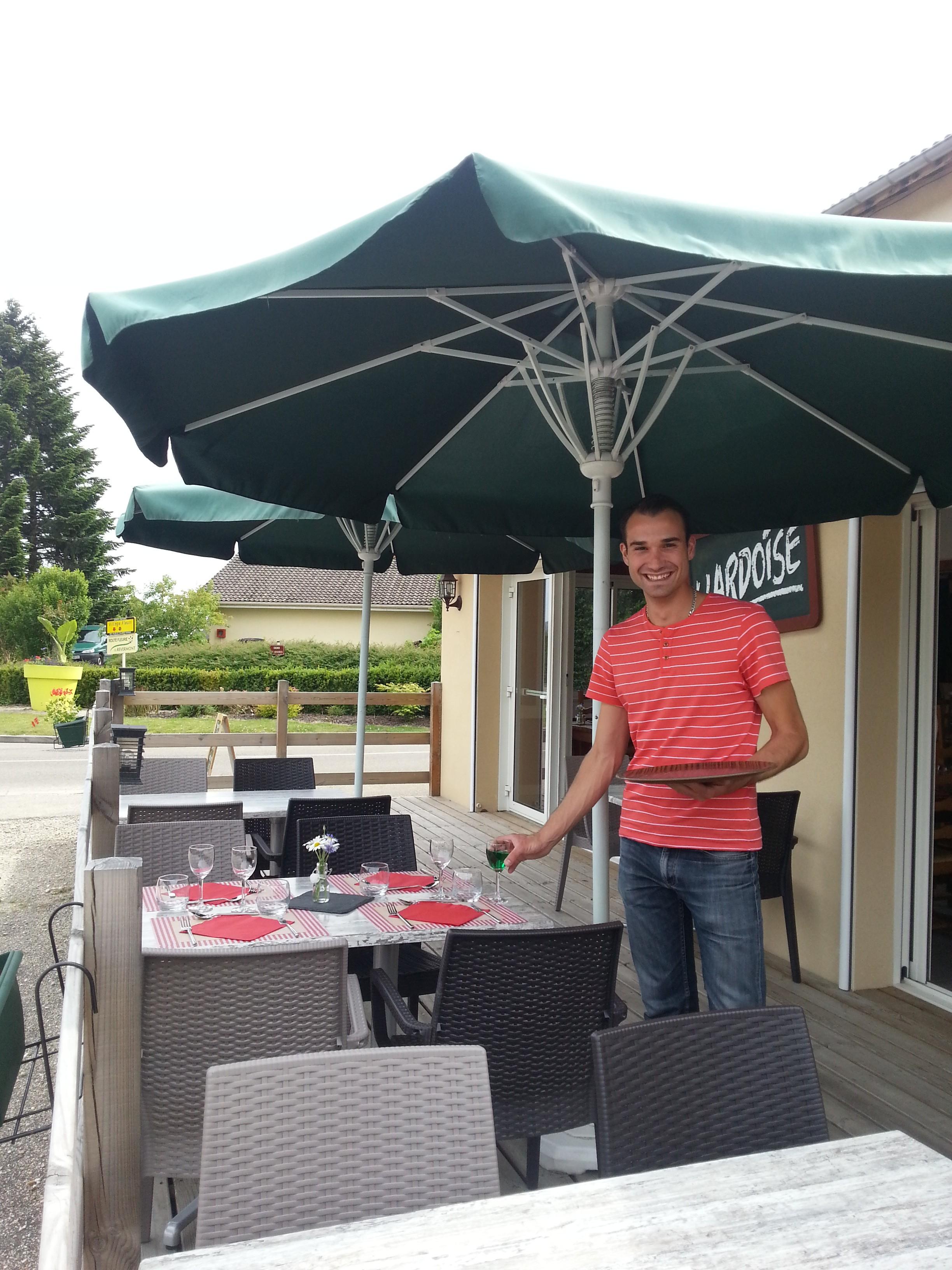 Le restaurant l 39 ardoise montagnat cuisine traditionnelle for Ai cuisine thonon